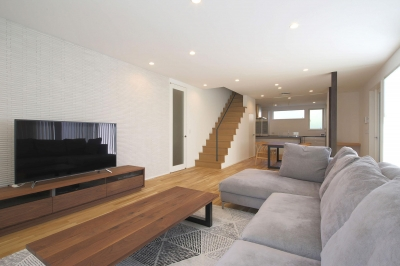 LDK2 (中庭を囲む高気密高断熱住宅・T-HOUSE morioka)
