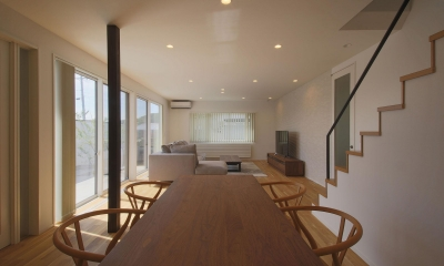 LDK4|中庭を囲む高気密高断熱住宅・T-HOUSE morioka