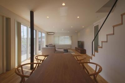 中庭を囲む高気密高断熱住宅・T-HOUSE morioka (LDK4)