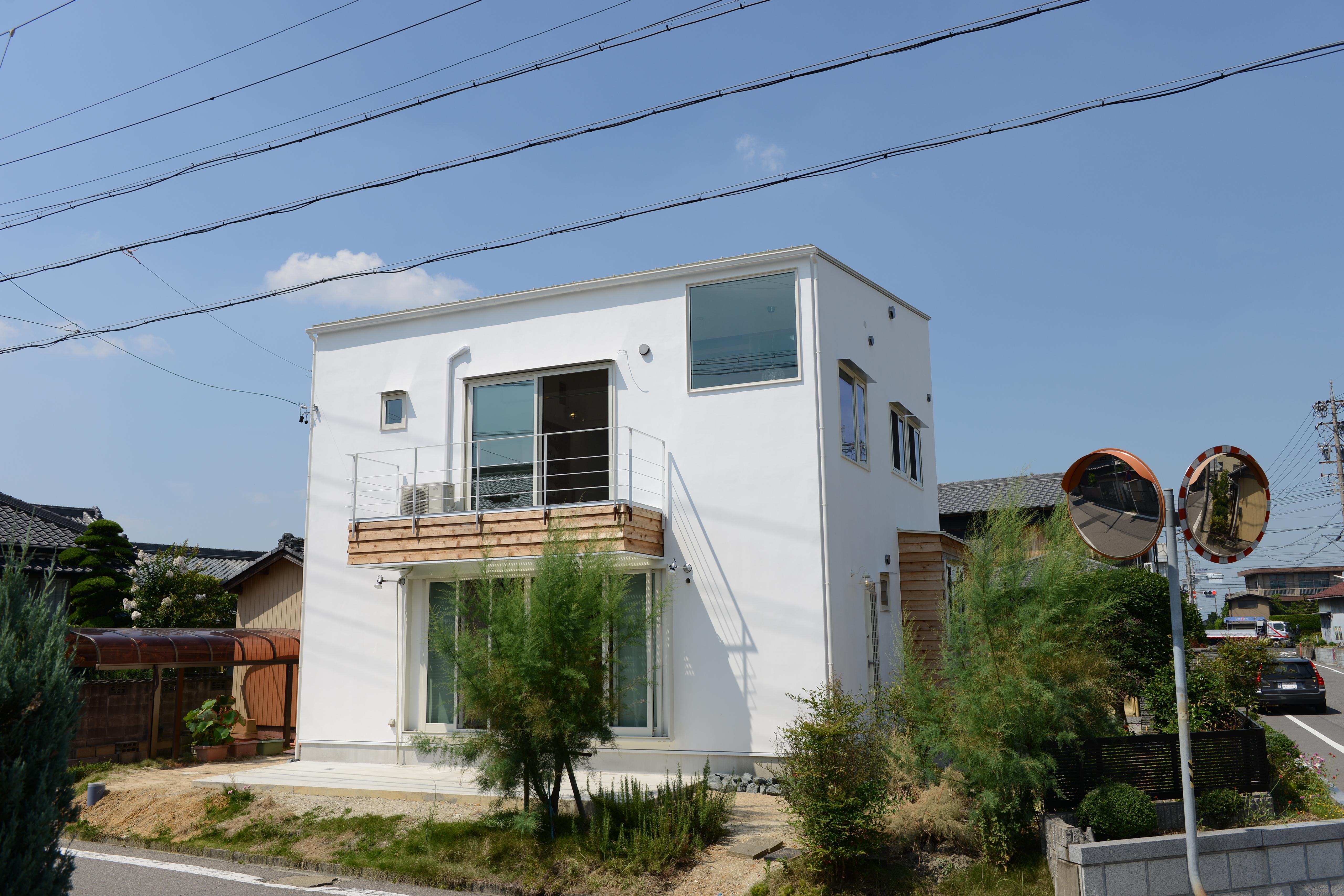 刈谷市の家3の部屋 白い外観