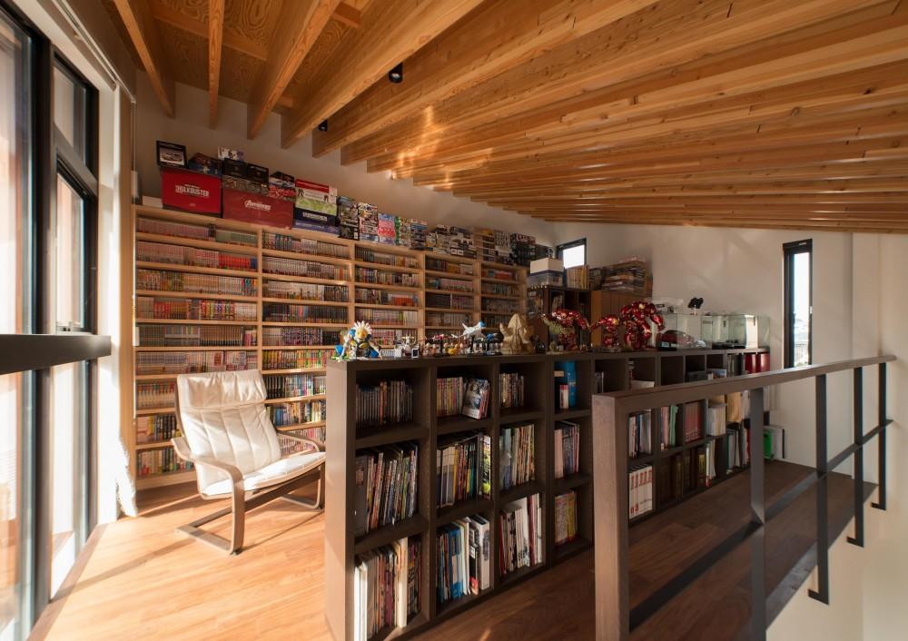 CASE 480 | 大屋根の垂木の家 (書斎)