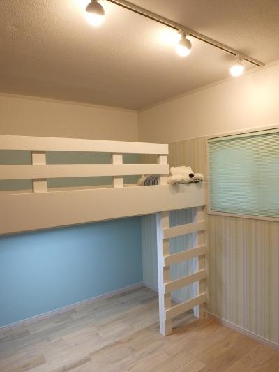 ロフトベッドのある子供部屋 (築43年のマンションをスケルトンリフォームする)