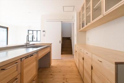 キッチン内部 (自然素材に囲まれたリフォーム:『青葉区あざみ野のリフォーム』)