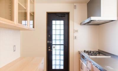 自然素材に囲まれたリフォーム:『青葉区あざみ野のリフォーム』 (キッチン内部)