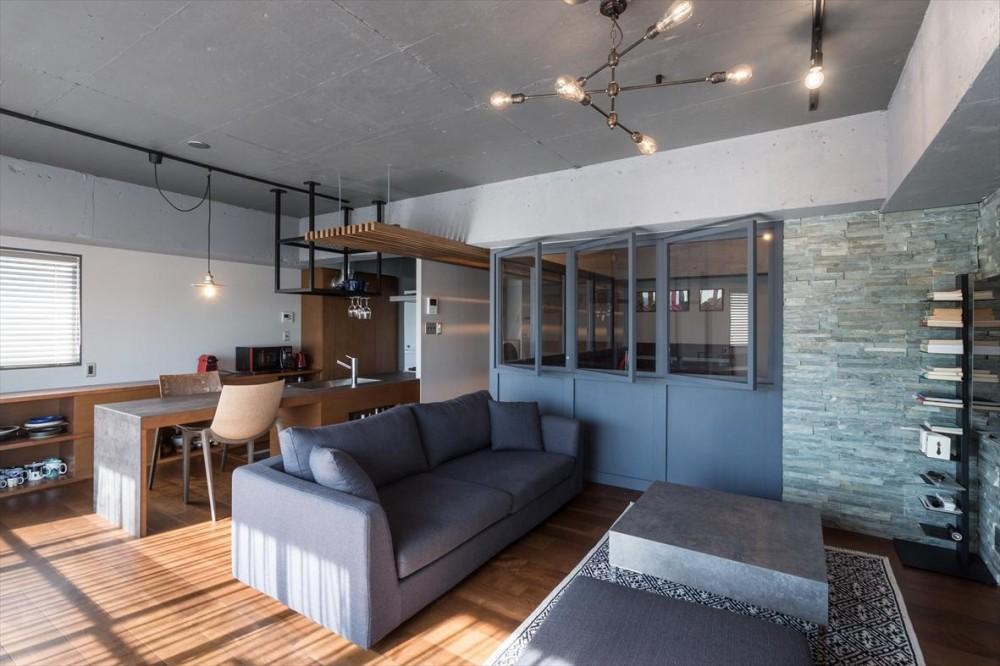ショセット建築設計室「石張り壁のあるフルリノベーション:『品川区五反田のリノベーション』」