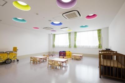 託児室 (七色の託児所)