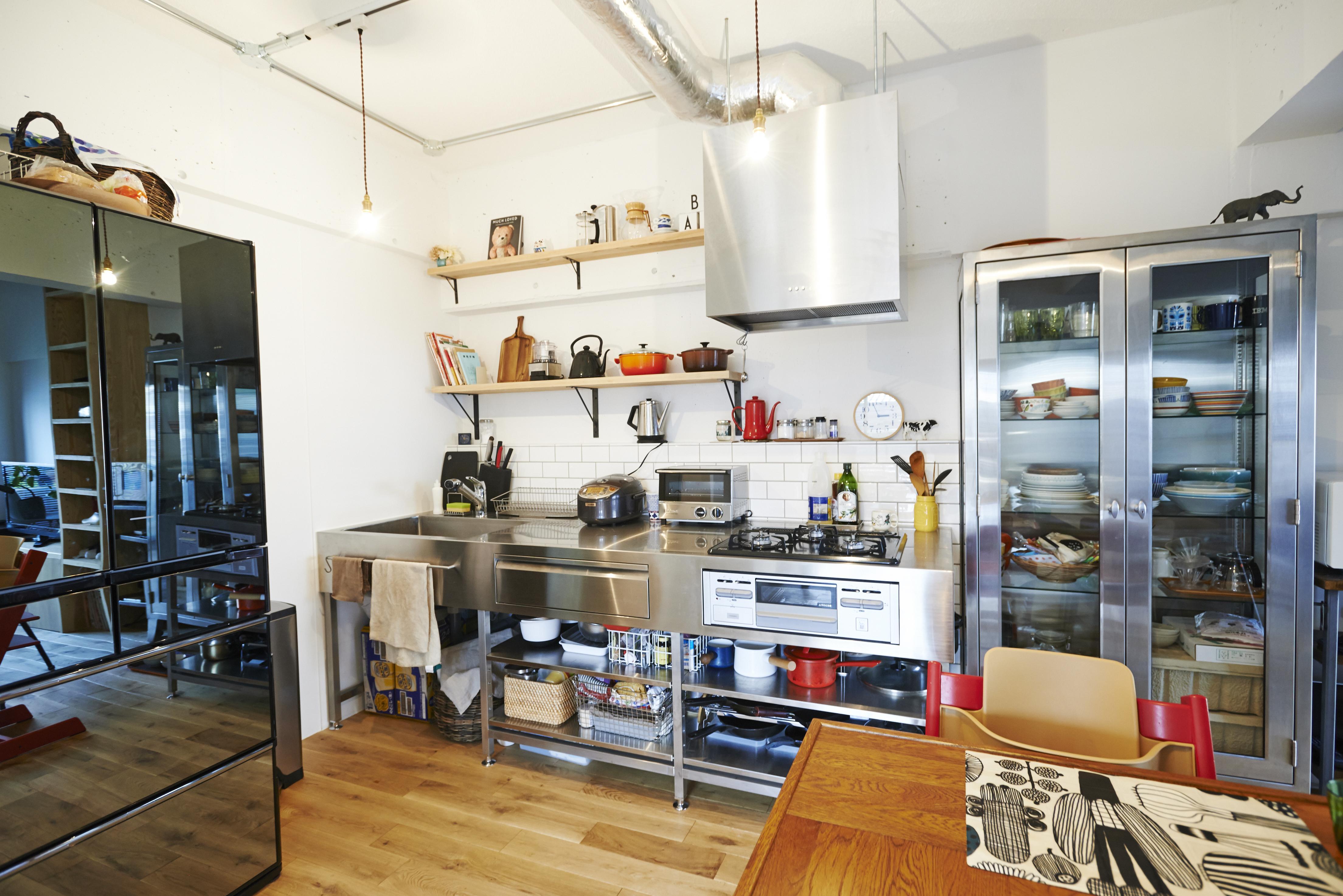 キッチン事例:ダイニングキッチン(ニューヨークのアパート)