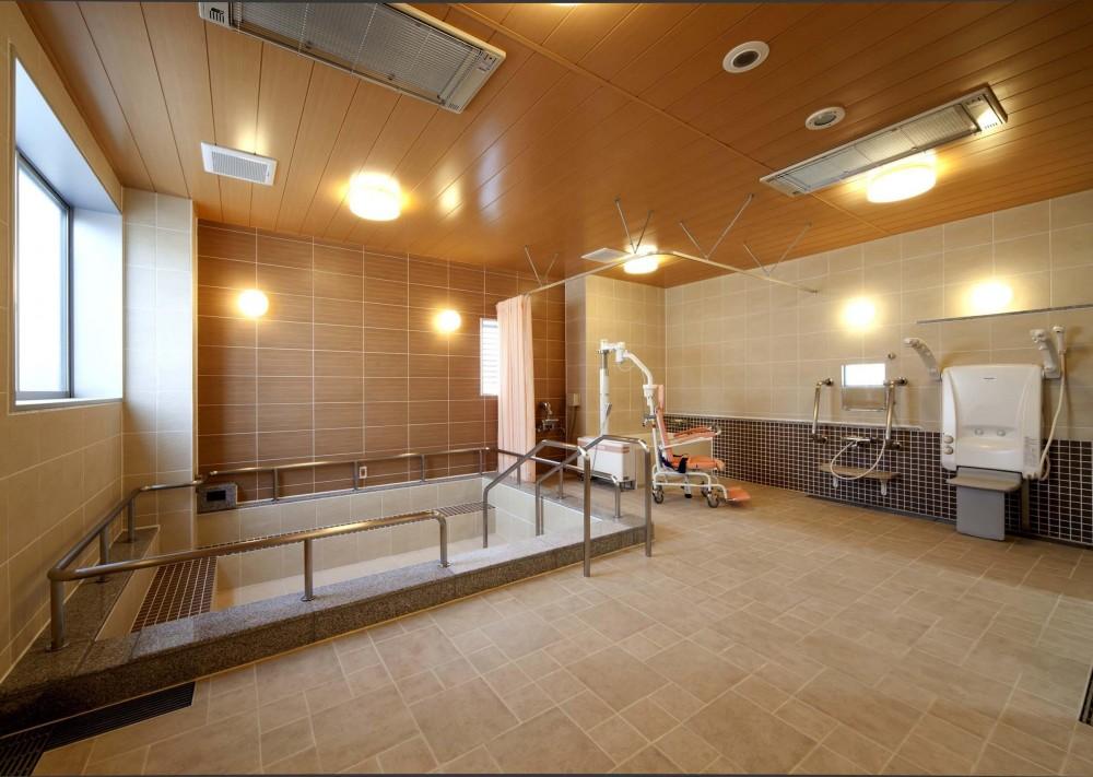 ラグジュアリー老人ホーム (風呂・浴室|ラグジュアリー老人ホーム|茨城県土浦市)