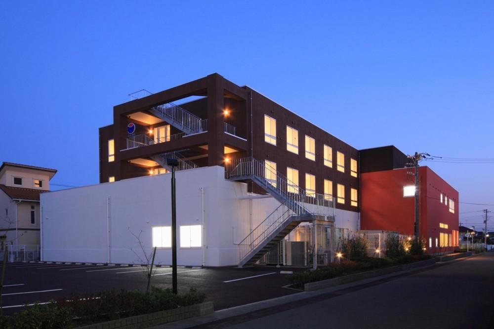 色彩のサービス付き高齢者向け住宅 (北側外観|色彩のサービス付き高齢者向け住宅|茨城県つくば市)