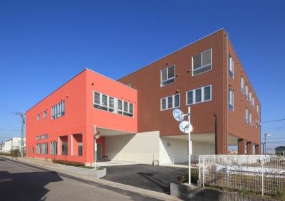 色彩のサービス付き高齢者向け住宅 (南側外観|色彩のサービス付き高齢者向け住宅|茨城県つくば市)
