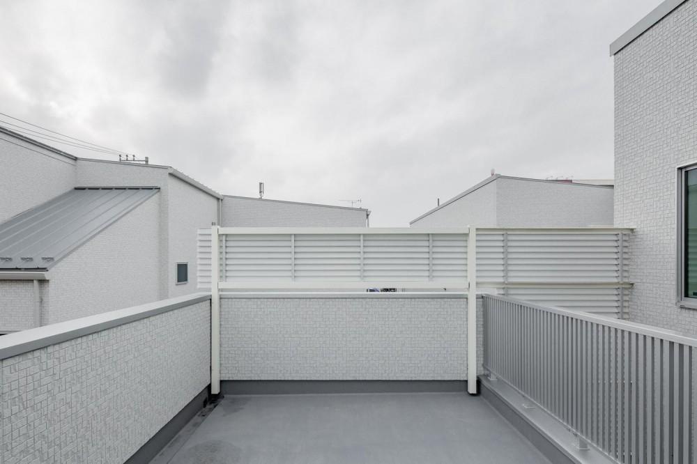 中庭のテラスハウス (ルーフバルコニー|中庭のテラスハウス|東京都足立区)