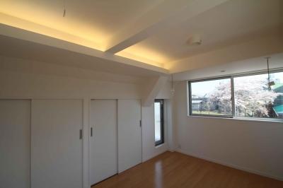 寝室|東京都北区 (中庭のある3階建ての家)