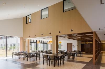 食堂・ホール|茨城県守谷市 (森の中の老人ホーム)