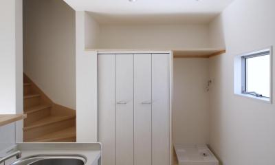 土間の家(狭小住宅) (キッチン収納|東京都足立区)