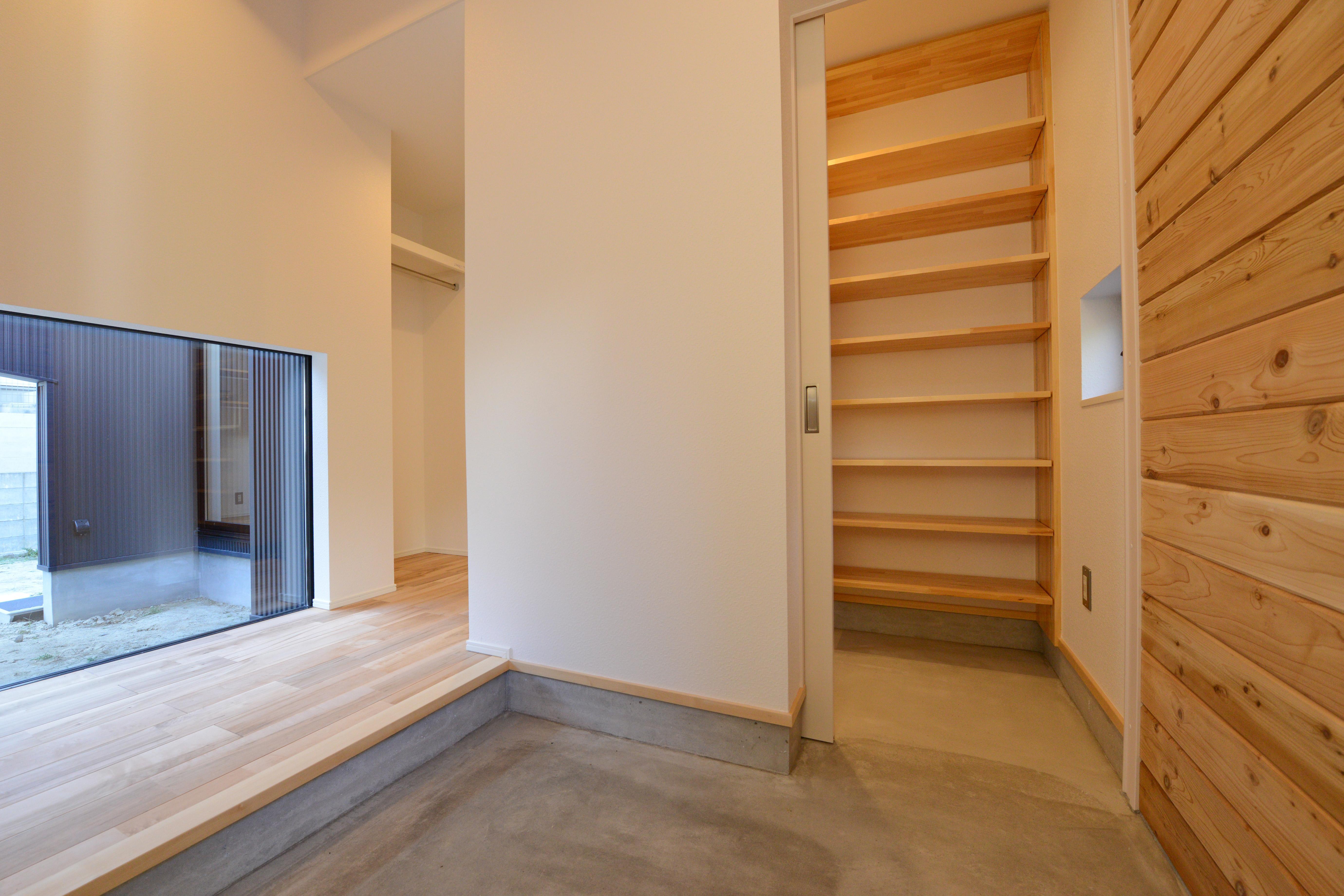 阿久比町の家の部屋 大容量の玄関収納