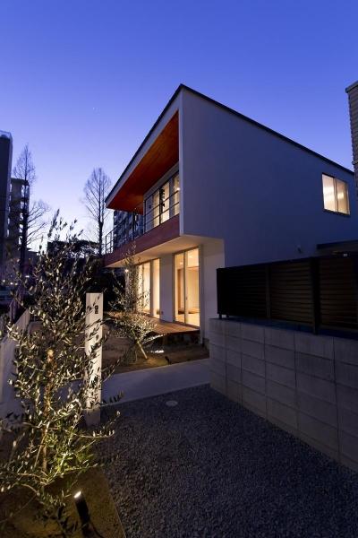宝塚の家 (外観夜景)