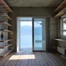 自由に高さを調節できる本棚