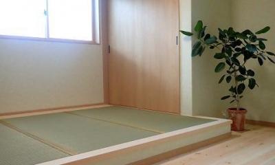 外断熱と無垢床で一年中快適に過ごす家 (寝室)