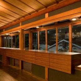 オープンキッチン (松楠居)