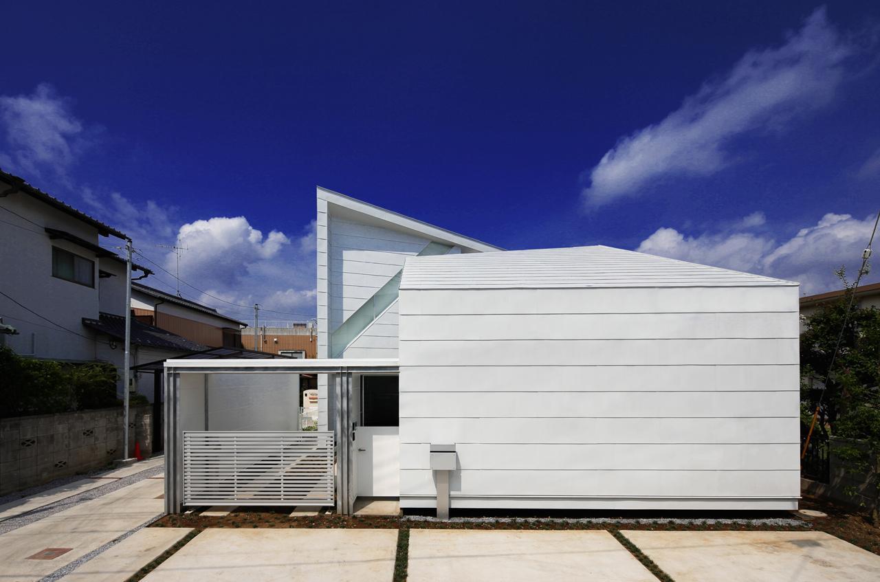にこいち-はうす~アトリエのある家~の写真 白い外観