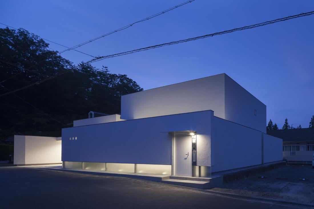 6COURT-HOUSEの部屋 外観-ライトアップ