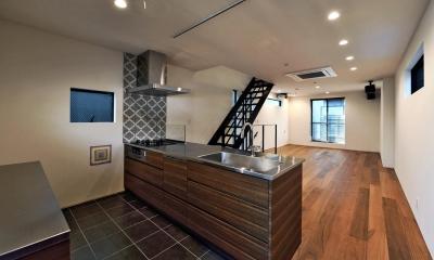 世田谷区N様邸 輸入タイルや3種類の床材など素材を楽しむ家