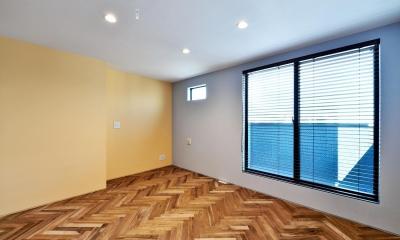 世田谷区N様邸 輸入タイルや3種類の床材など素材を楽しむ家 (3F:子ども部屋)