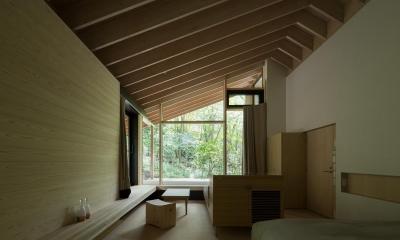 ヤマノイエ (森の中の寝室)