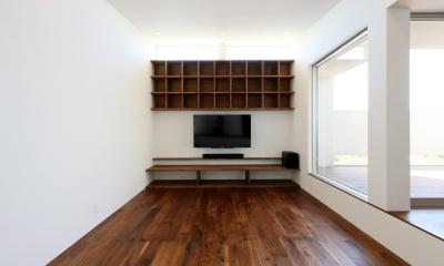 カフェスタイルのオープンスペースがある家。「理想を忘れなかったから生まれた空間です。」 (リビング)