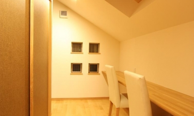 都市型住宅リフォームの必須条件 (寝室の中の書斎)