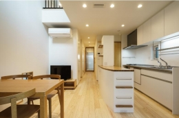 巣鴨の家 (ダイニングキッチン)