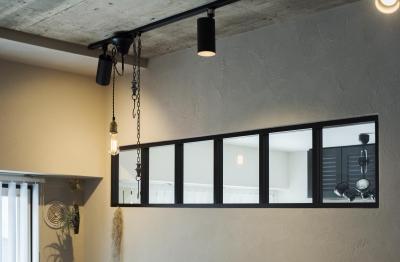 MANSION RENOVATION PACK 780 -札幌市中央区Y邸- (コンクリート剥き出しの天井とアイアンサッシ)