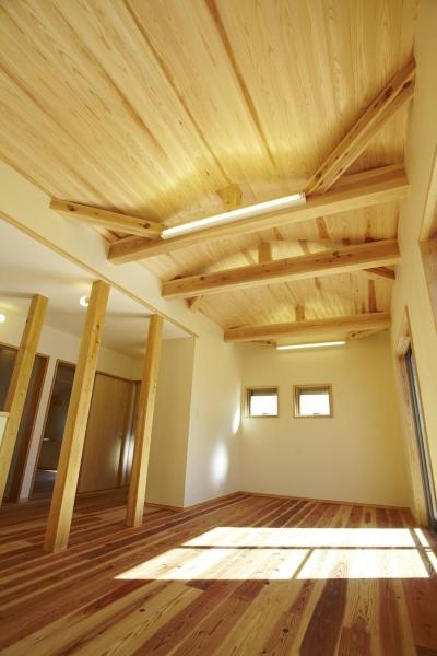 四つ葉 〜光溢れる木の家〜 (子供部屋)