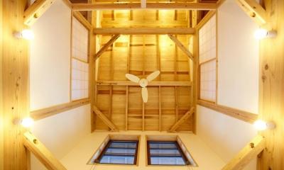 結 〜丸窓のある木の家〜 (吹抜)