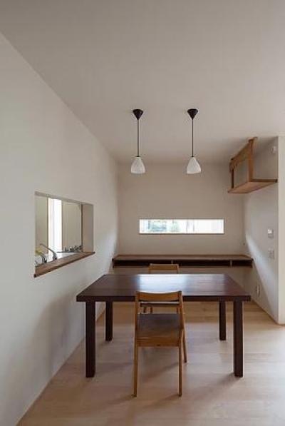 葛飾の家/IW邸 (スタディコーナーを奥に持つダイニング)