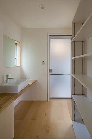 葛飾の家/IW邸 (洗面所)