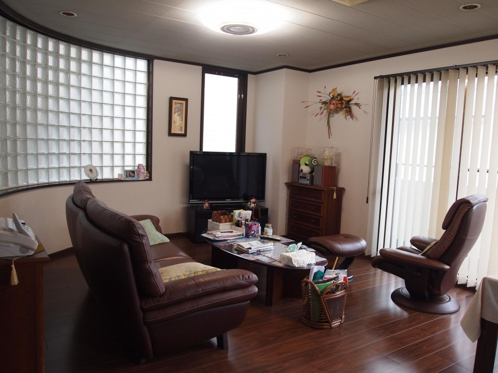 大阪市住吉区 3階建て鉄骨リフォーム (リビング)