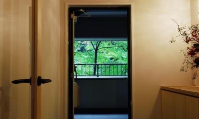 NEW&OLDな住まい (玄関)