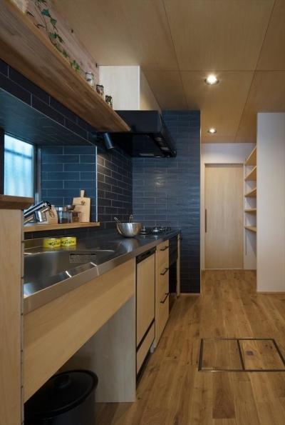 キッチン (純和風+ヴィンテージな住まい)