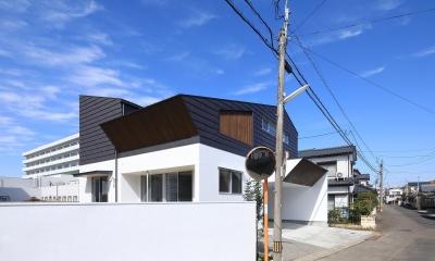 小松の家~シンプルモダンの家~ (南側外観)