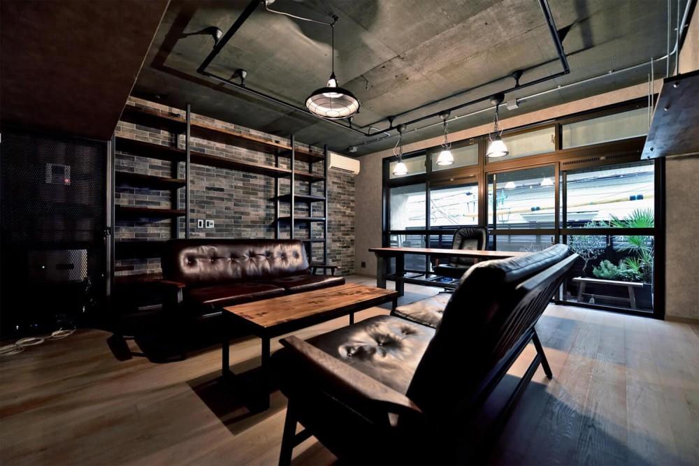 住居兼オフィススペース (棚も床も家具もエイジング素材。重厚な渋みのNYブルックリンスタイル空間)