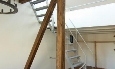 アトリエのある家 (塔屋階段1)