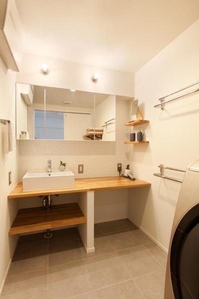 洗面 (今と将来のライフスタイルを見つめて、センスと質を大切にしたコスパに満足のリノベーション。)
