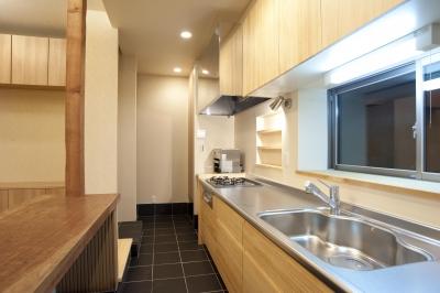 キッチン (和風旅館を思わせる家)