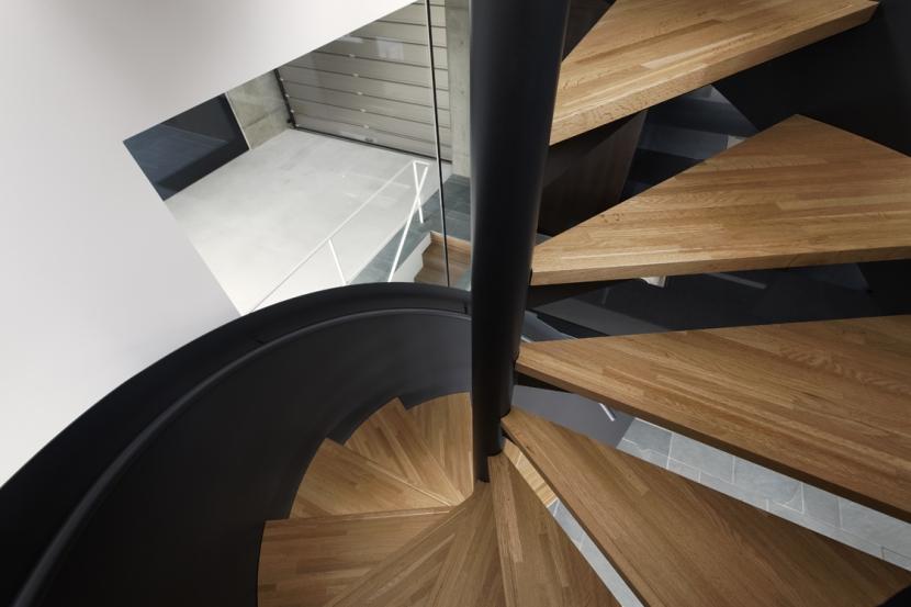 那須の家の部屋 螺旋階段