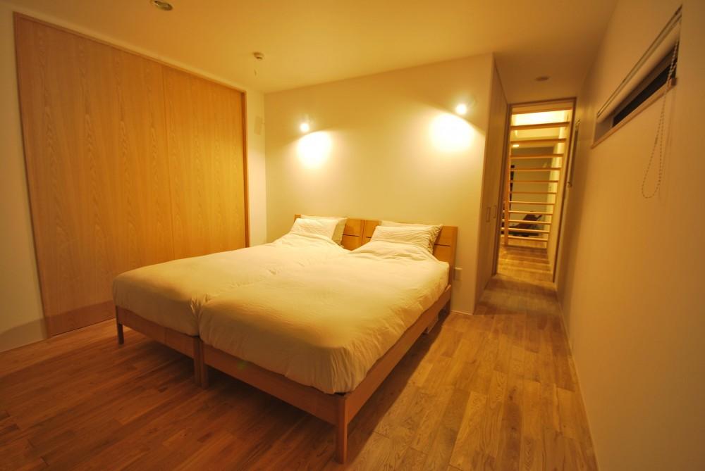 逗子の海辺のスローライフ (寝室)