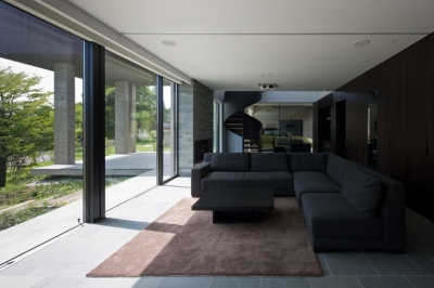 那須の家 (景色を楽しむリビング)