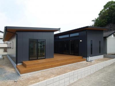 庵川の家 (外観)