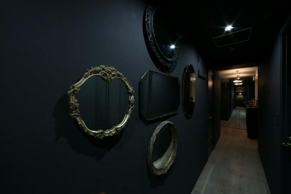 ロンドンのアパートメント@世田谷 (廊下ギャラリー)