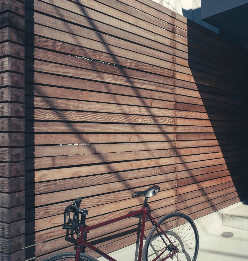 世田谷区 桜 NAVY HOUSE 1 (外観 フェンス)